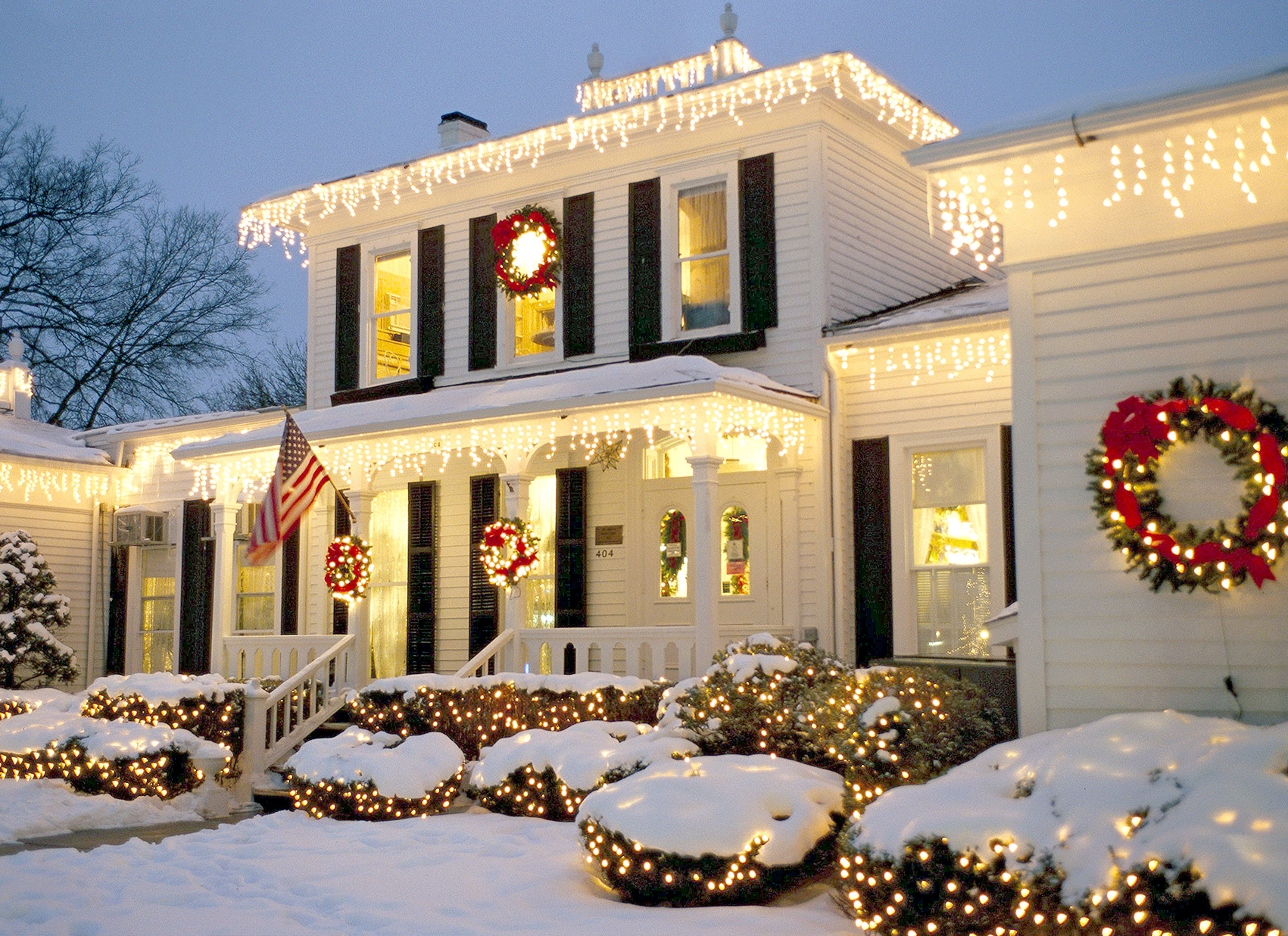 Outdoor Christmas Decorations Better