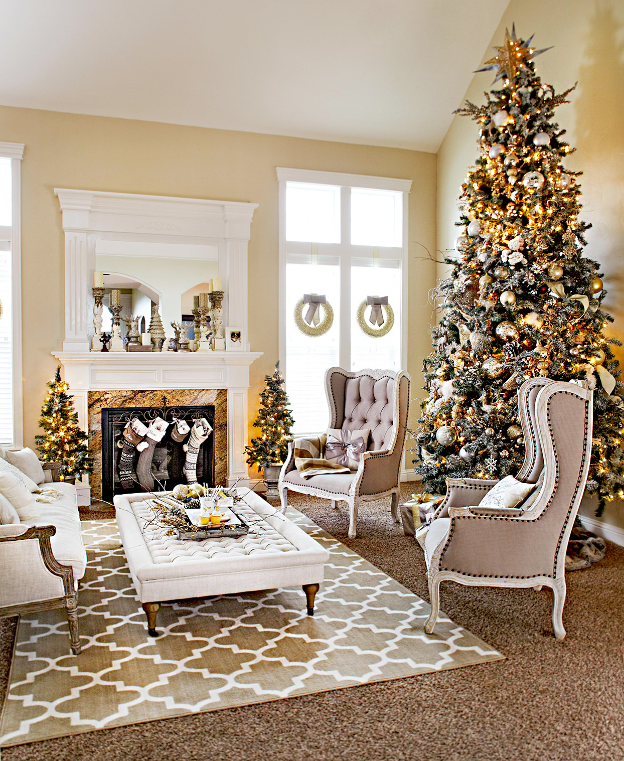 Living room with fireplace and Christmas tree