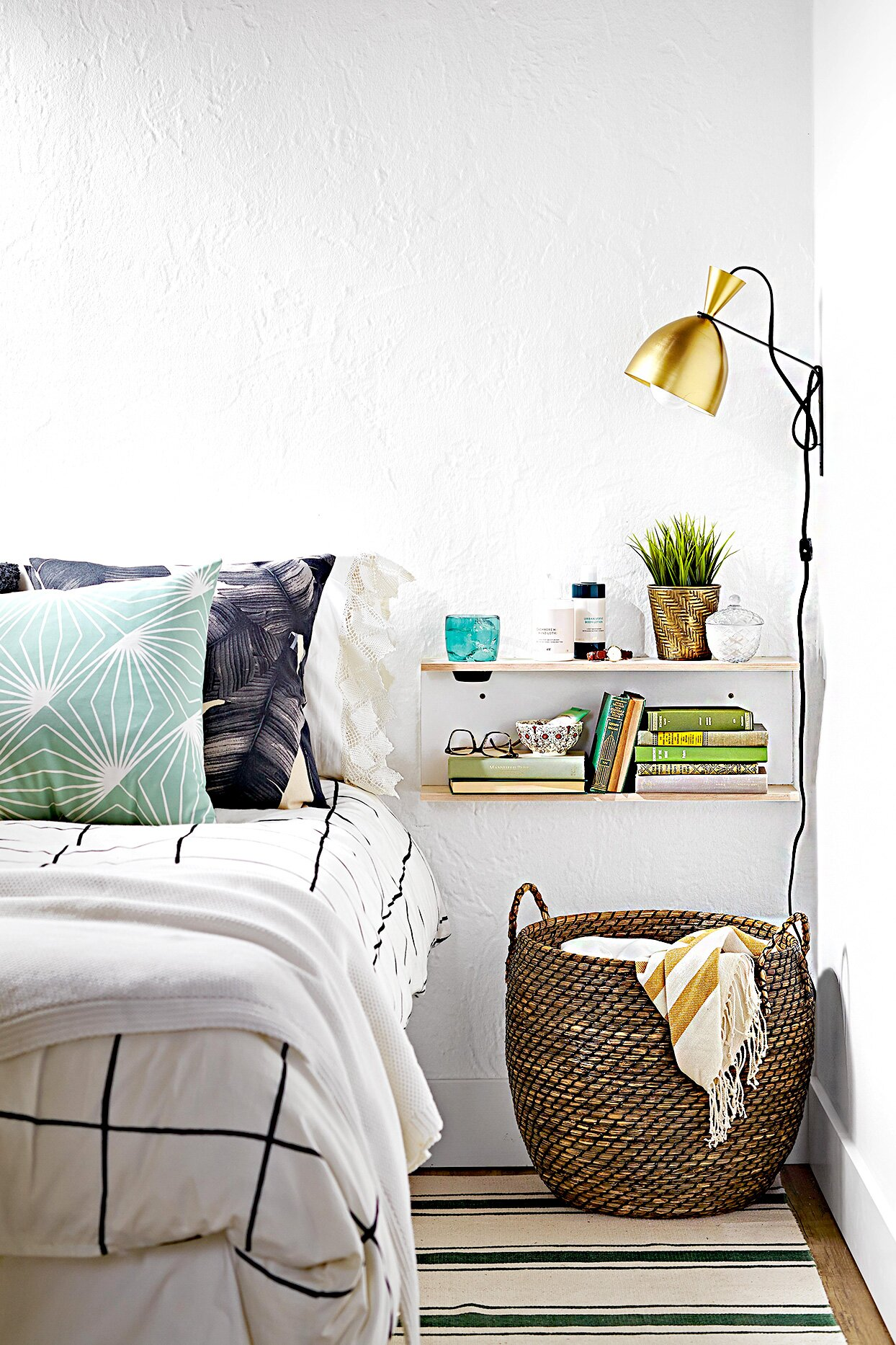 16 Ideas To Declutter And Organize Your Bedroom Better Homes Gardens