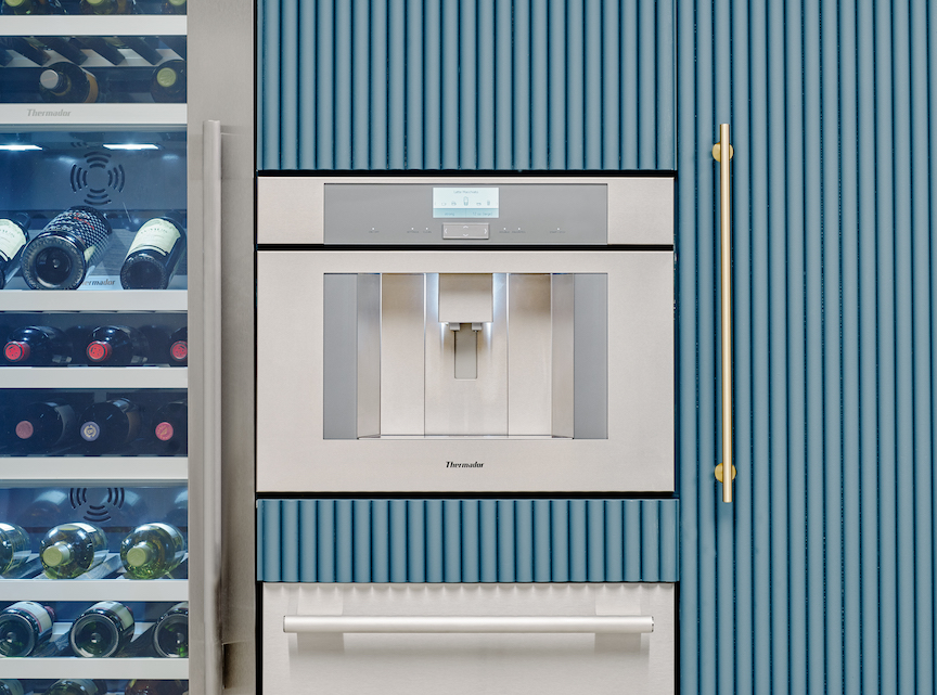 Built-In Plumbed Fully Automatic Coffee Machine