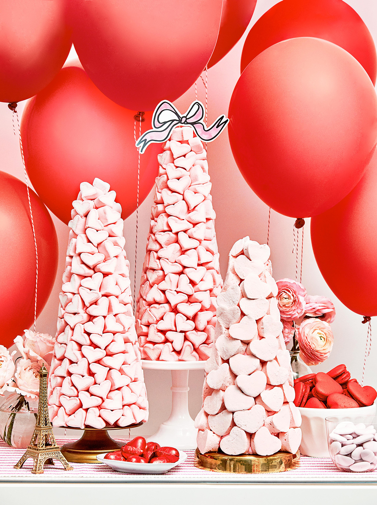 34 Valentine S Day Decor Ideas That Will Give You Major Heart Eyes Better Homes Gardens