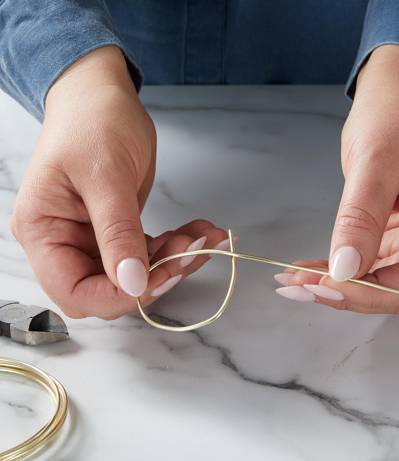 looping gold wire for egg dip