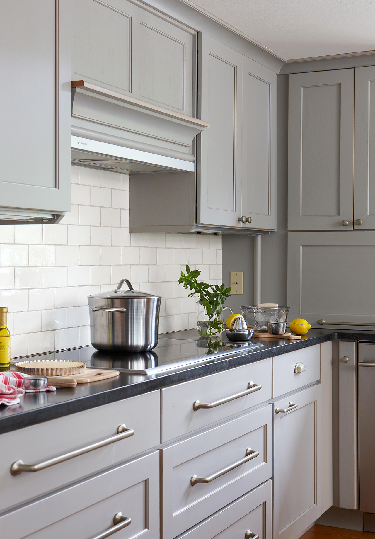 6 Proven Tips For Choosing The Perfect Gray Kitchen Cabinet Colors Better Homes Gardens