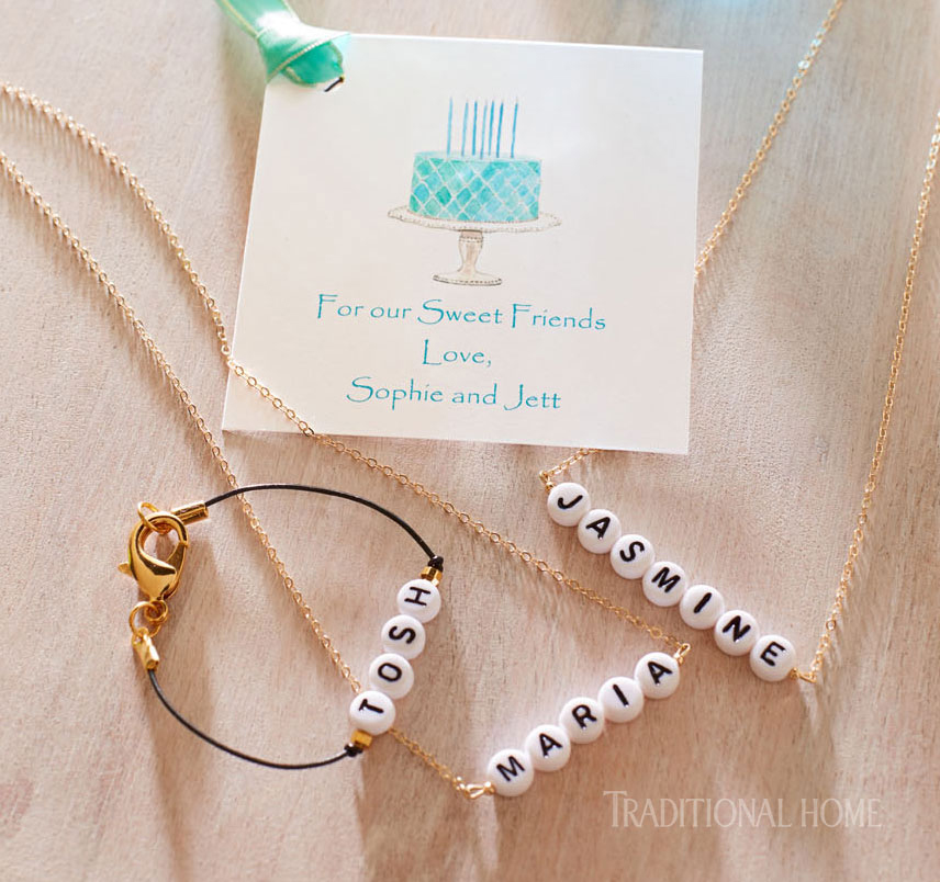 personalized jewelry party favors