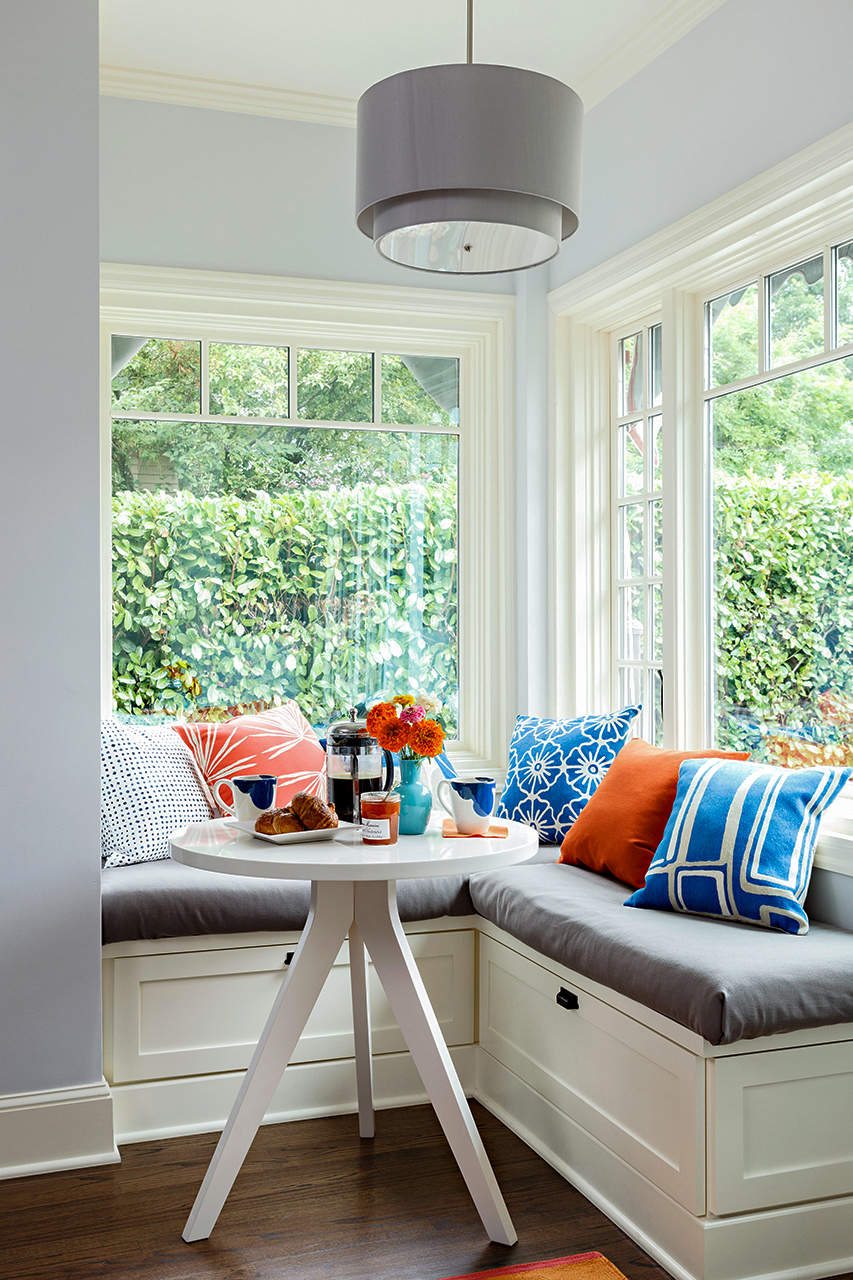 Kitchen Banquette with small round white table