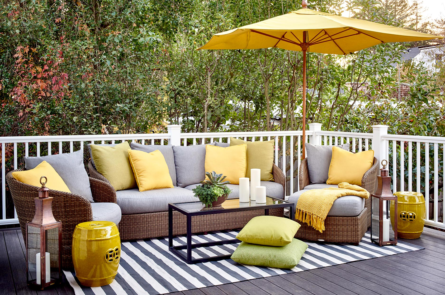 How To Clean Outdoor Furniture Better Homes Gardens