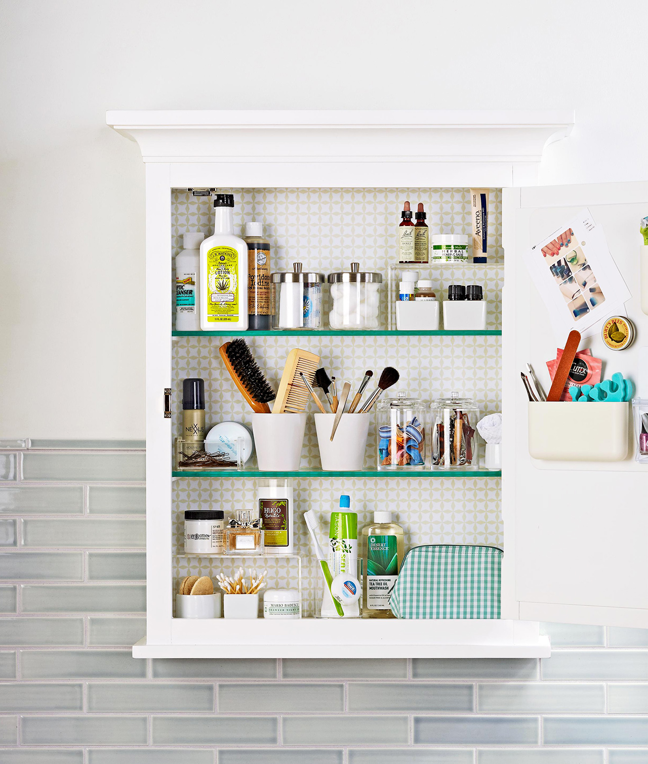 Simple Tips for Organizing Toiletries  Better Homes & Gardens