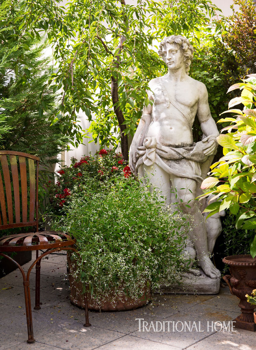 roman statue on new york terrace