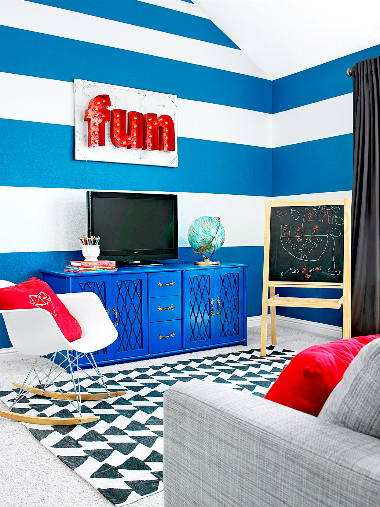 Room Paint Designs: 7 Wall Painting Ideas To Transform Any Room Into A Work Of