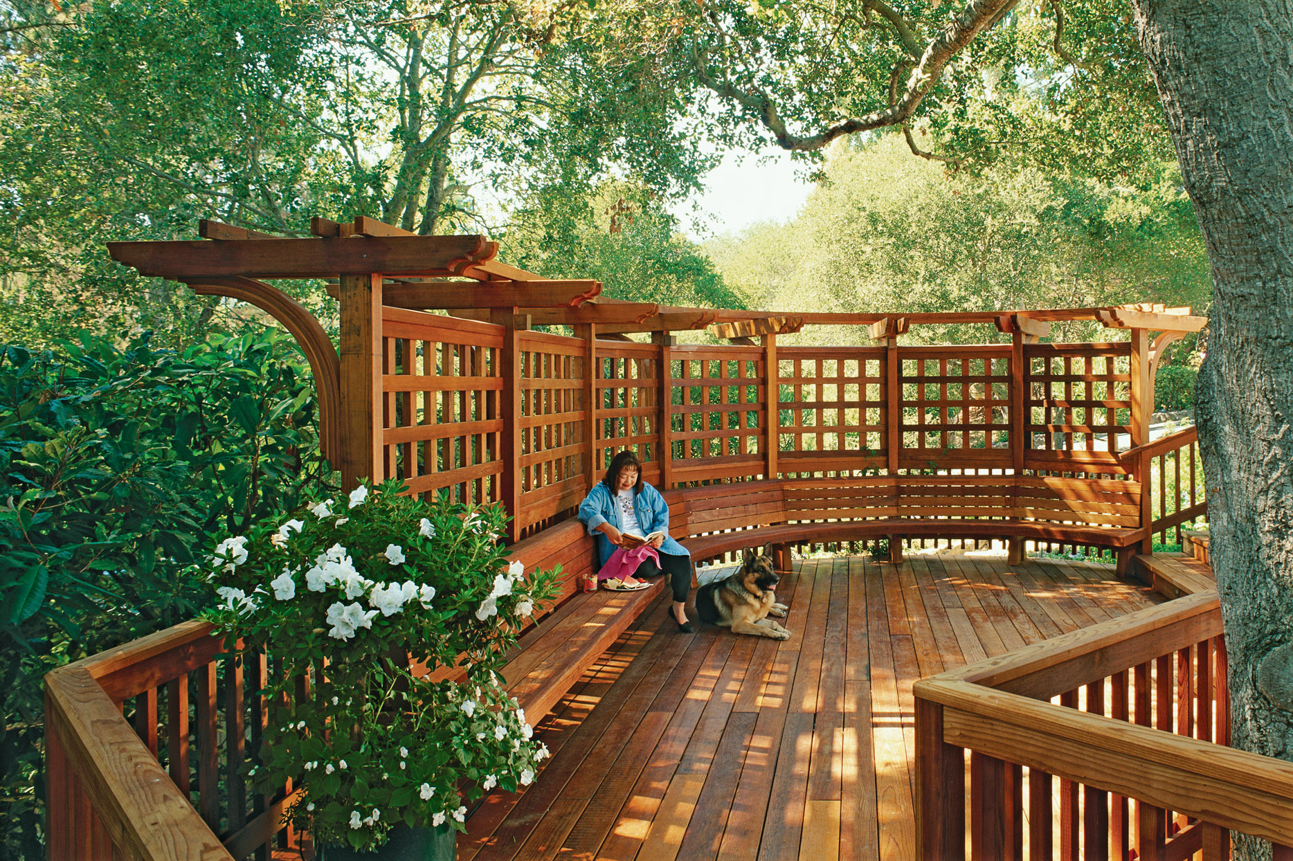 large brown trellis deck