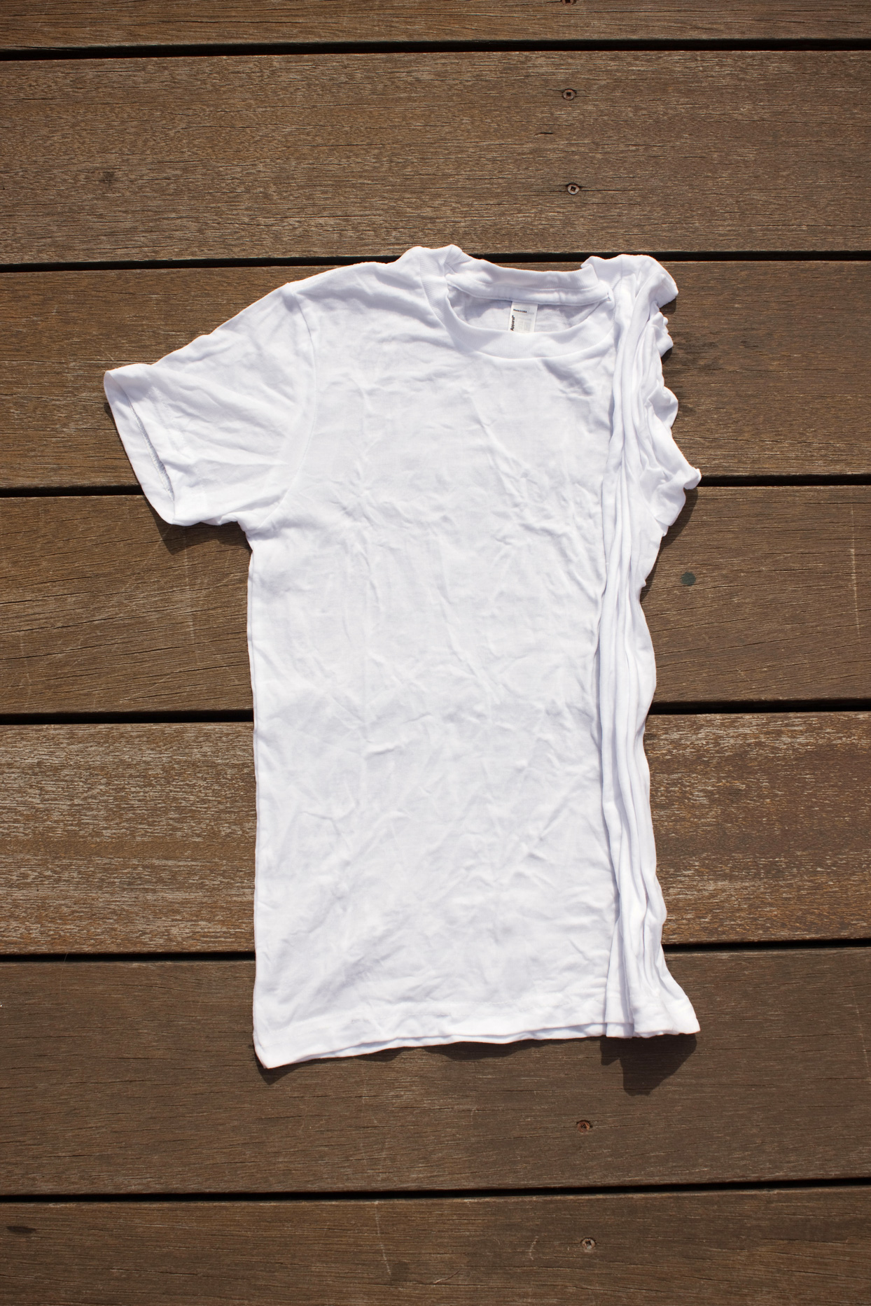 t-shirt rolled up