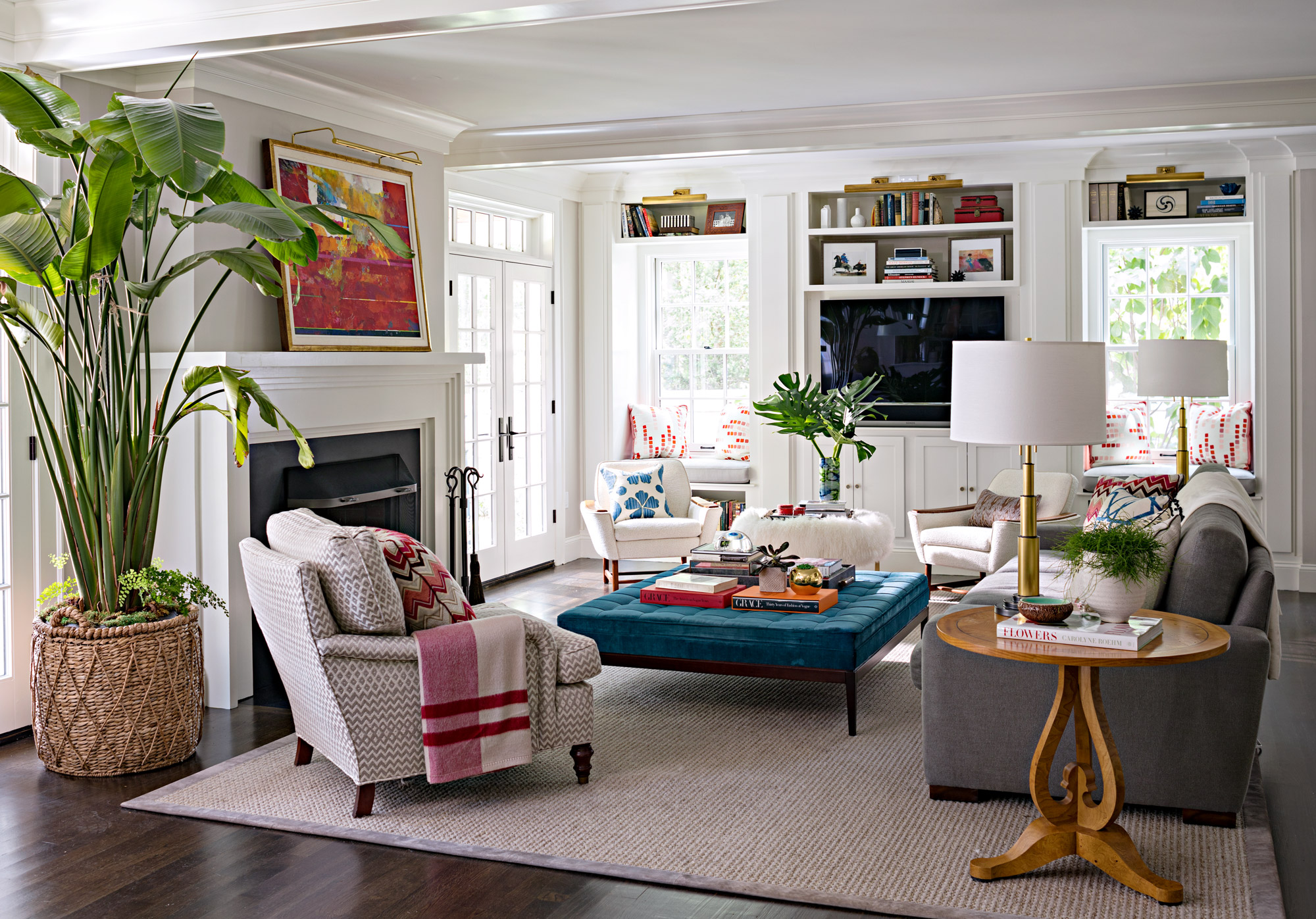 15 Stylish Ways To Decorate With A Tv Better Homes Gardens