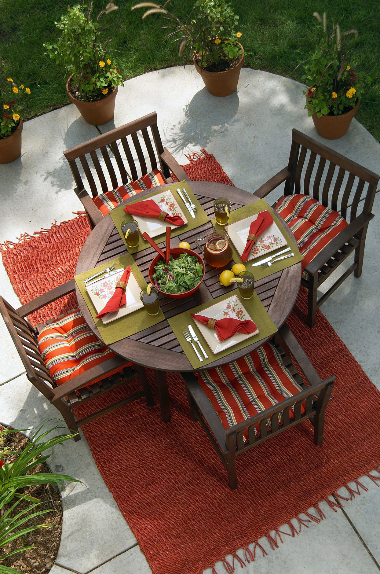 Patio red rug