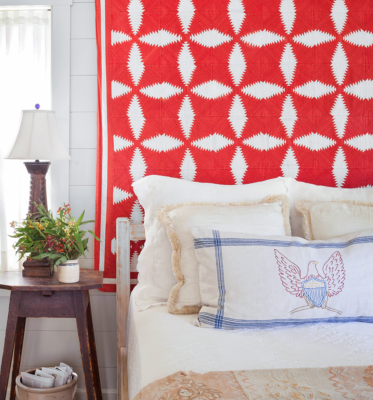 Country style bedroom red tapestry