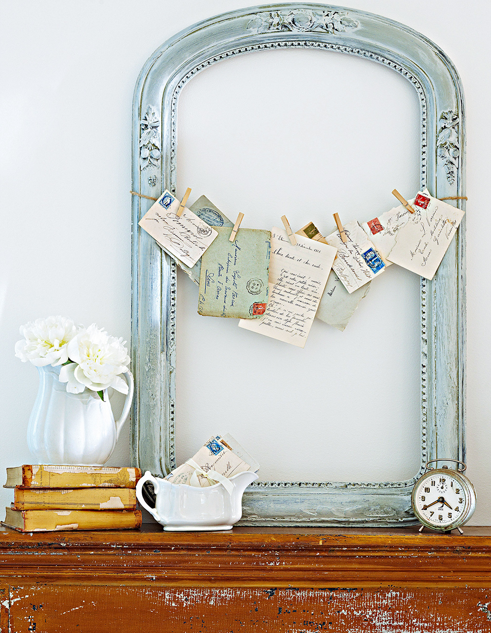 home frame hanging letters