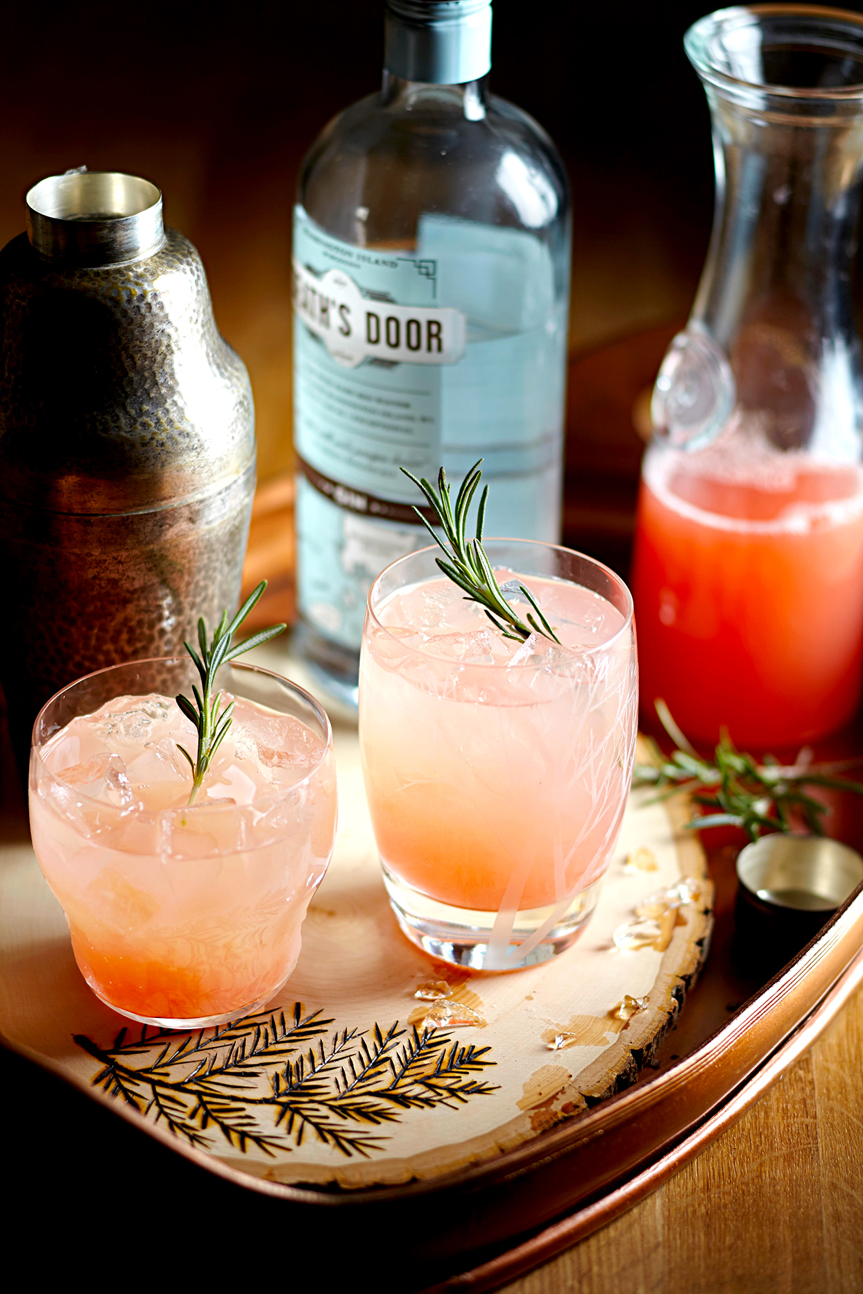 Rosemary-Grapefruit Gin Cocktail