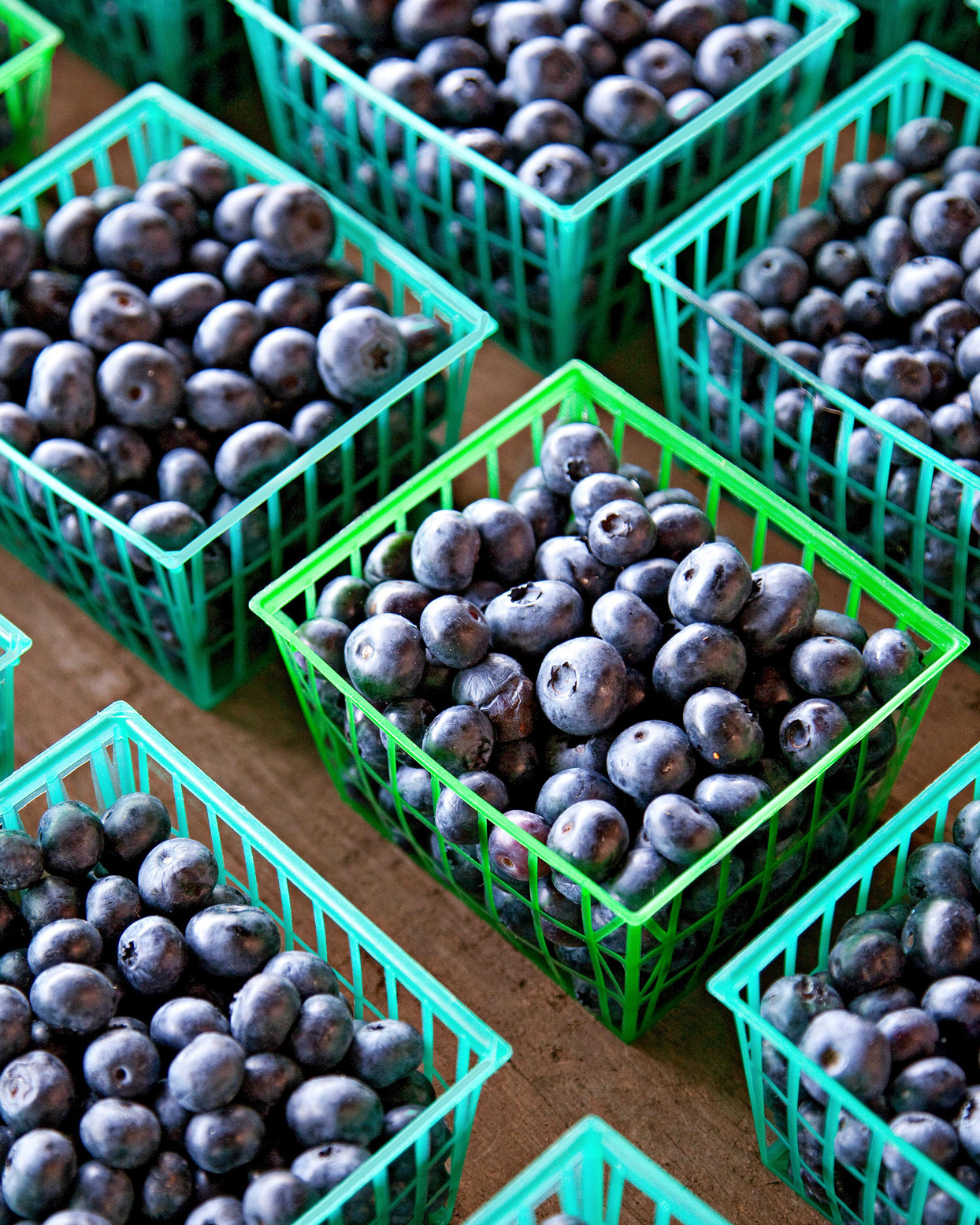 blueberries produce baskets