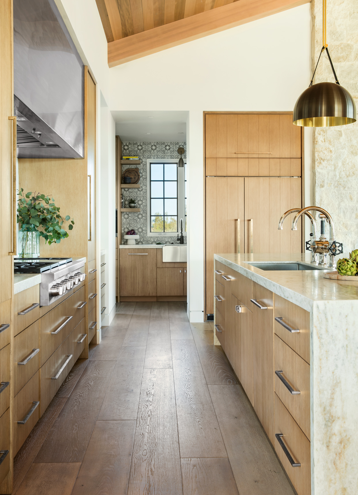 kitchen and butler pantry