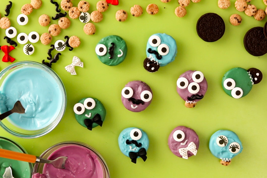 Chomping Halloween Oreo Monsters