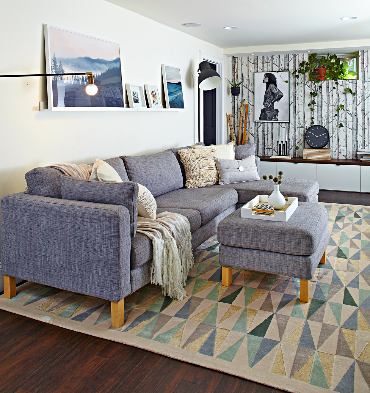 What Goes With A Gray Couch 7 Stylish Solutions Better Homes Gardens