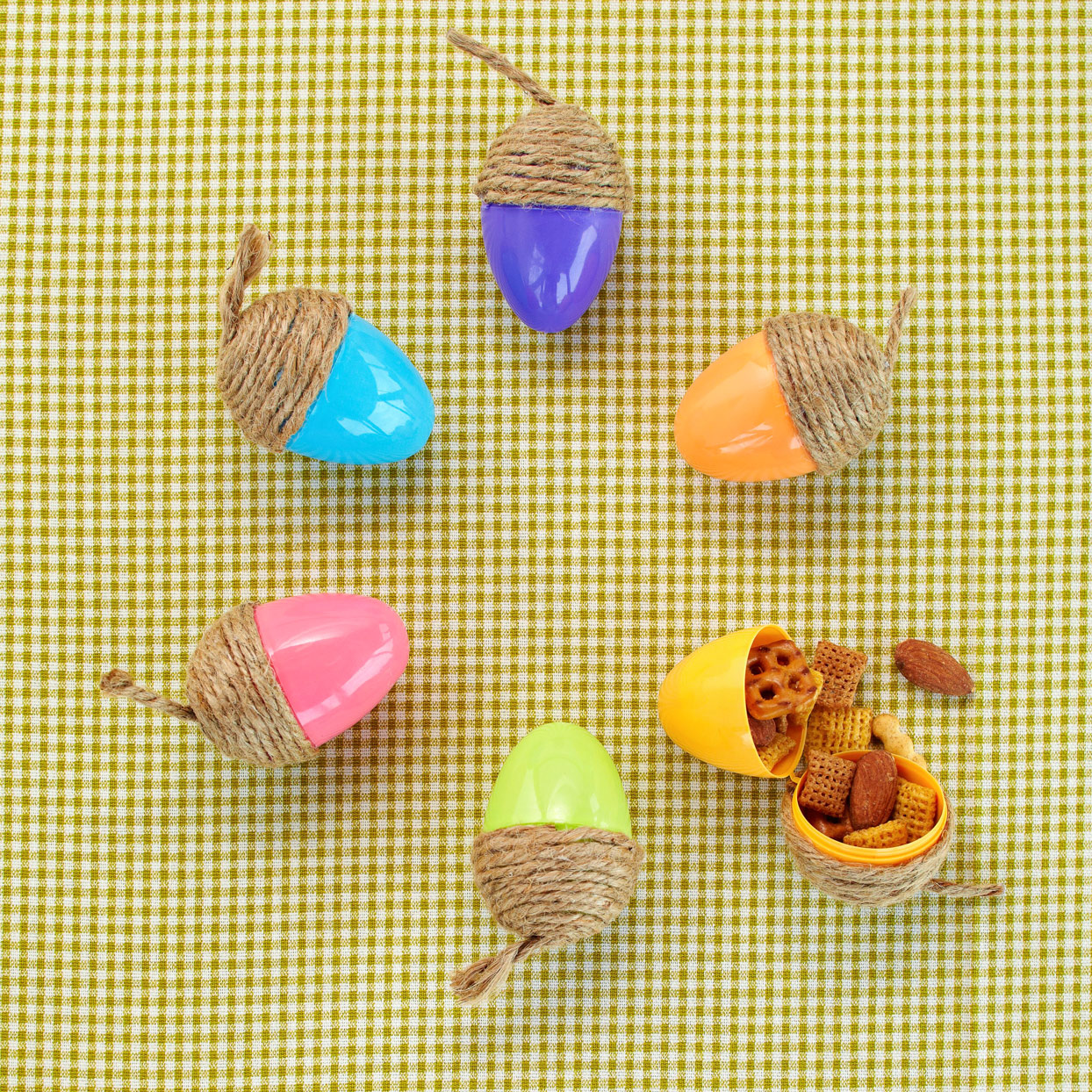 DIY Acorn Easter eggs