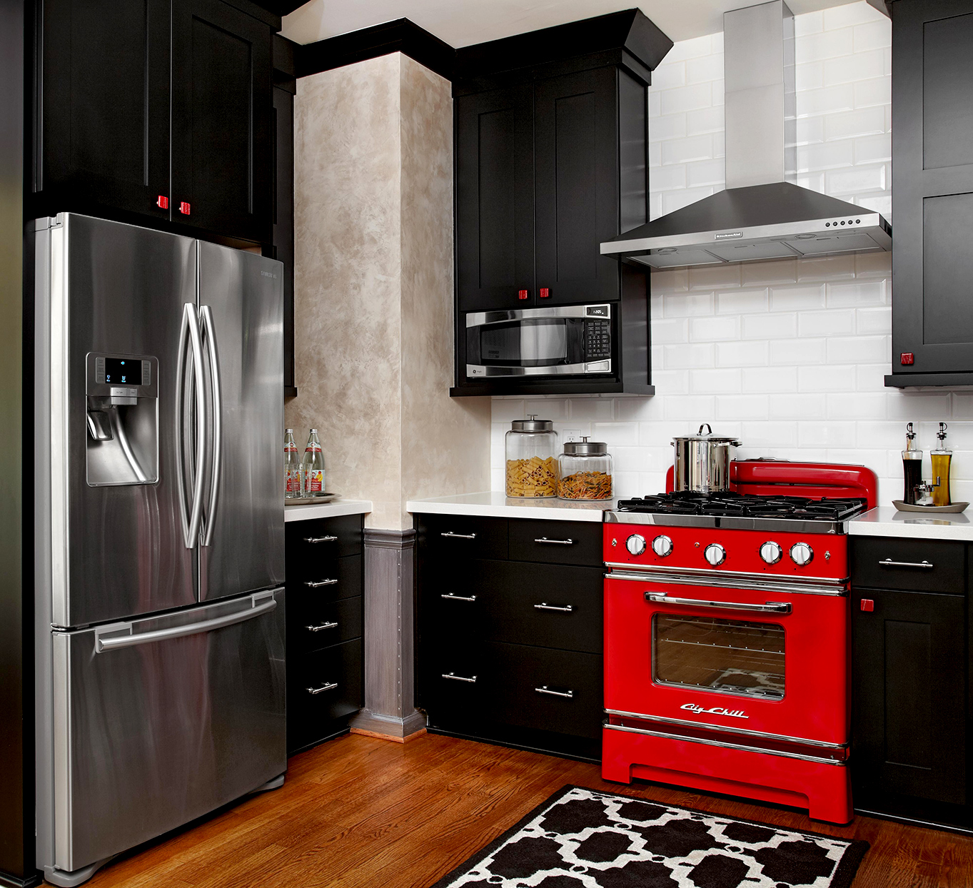 Kitchen in black, white and red in modern style