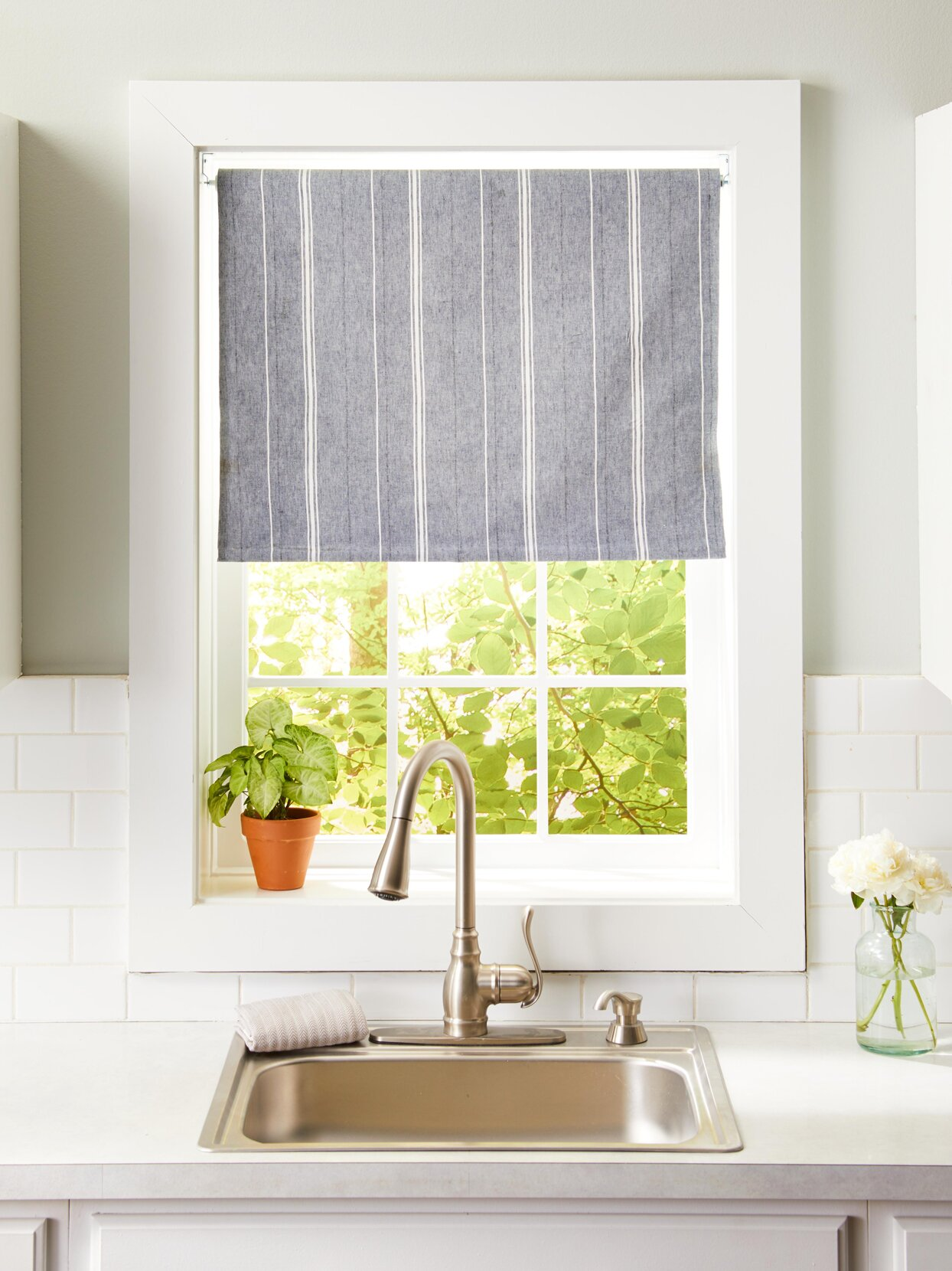 9 DIY Kitchen Window Treatments for an Easy Refresh   Better ...