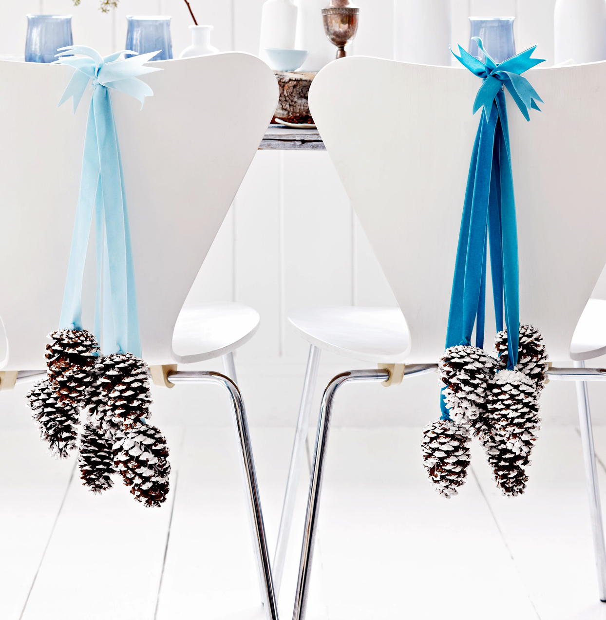 Pinecones-and-Ribbon Decoration