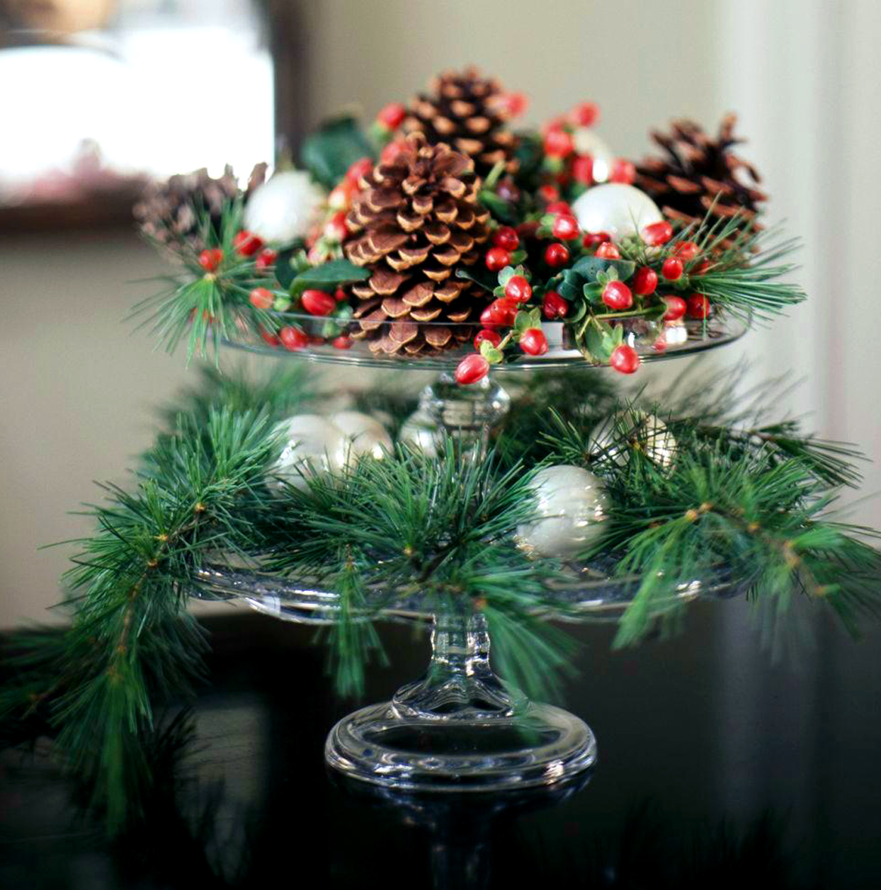 tiered pinecone centerpiece