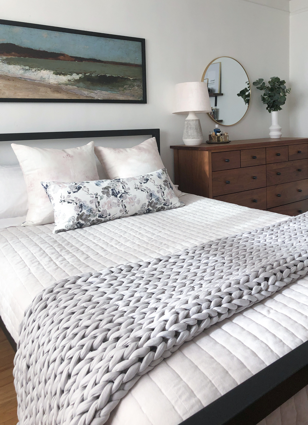 bedroom white and gray bedding