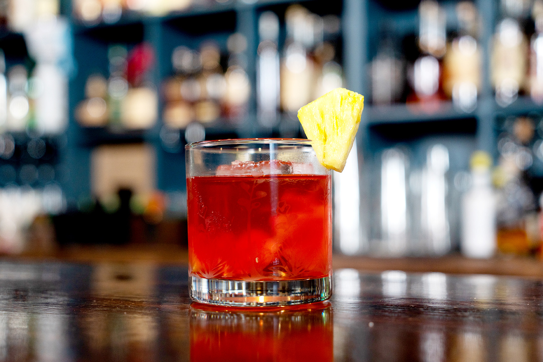 negroni cocktail made with mezcal