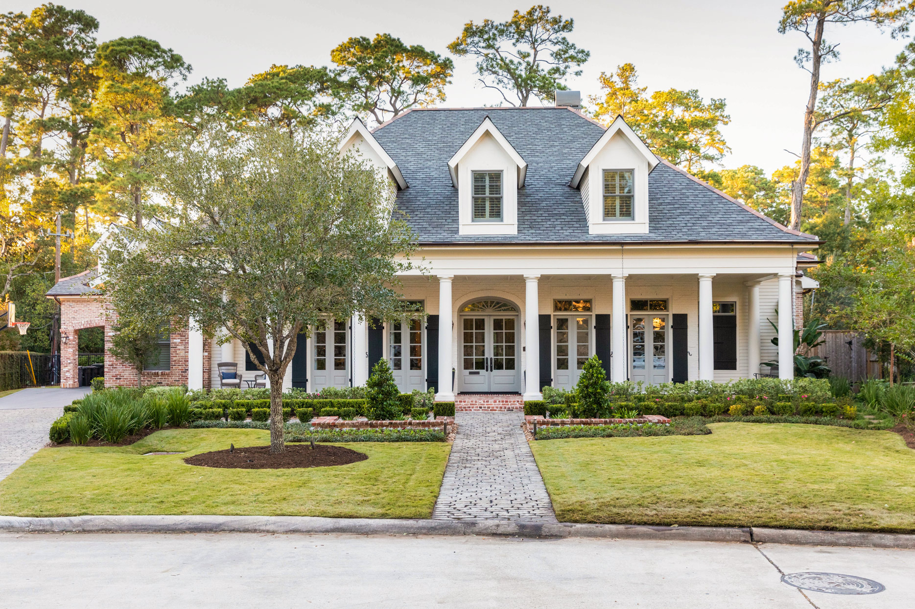 home front exterior white pillars