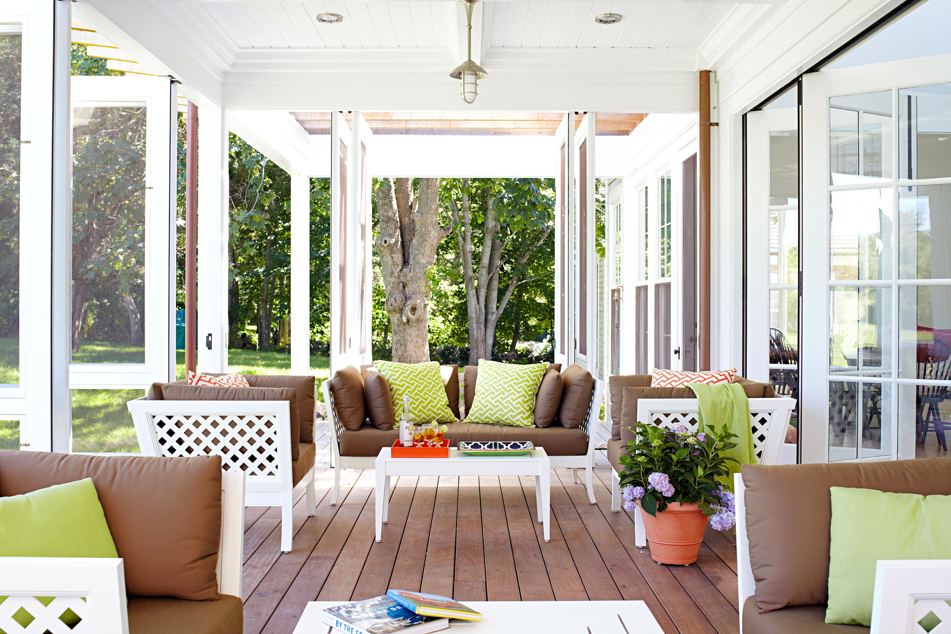 porch with removable screens