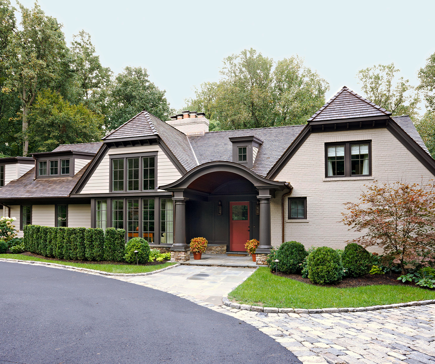 contemporary colors english country cottage