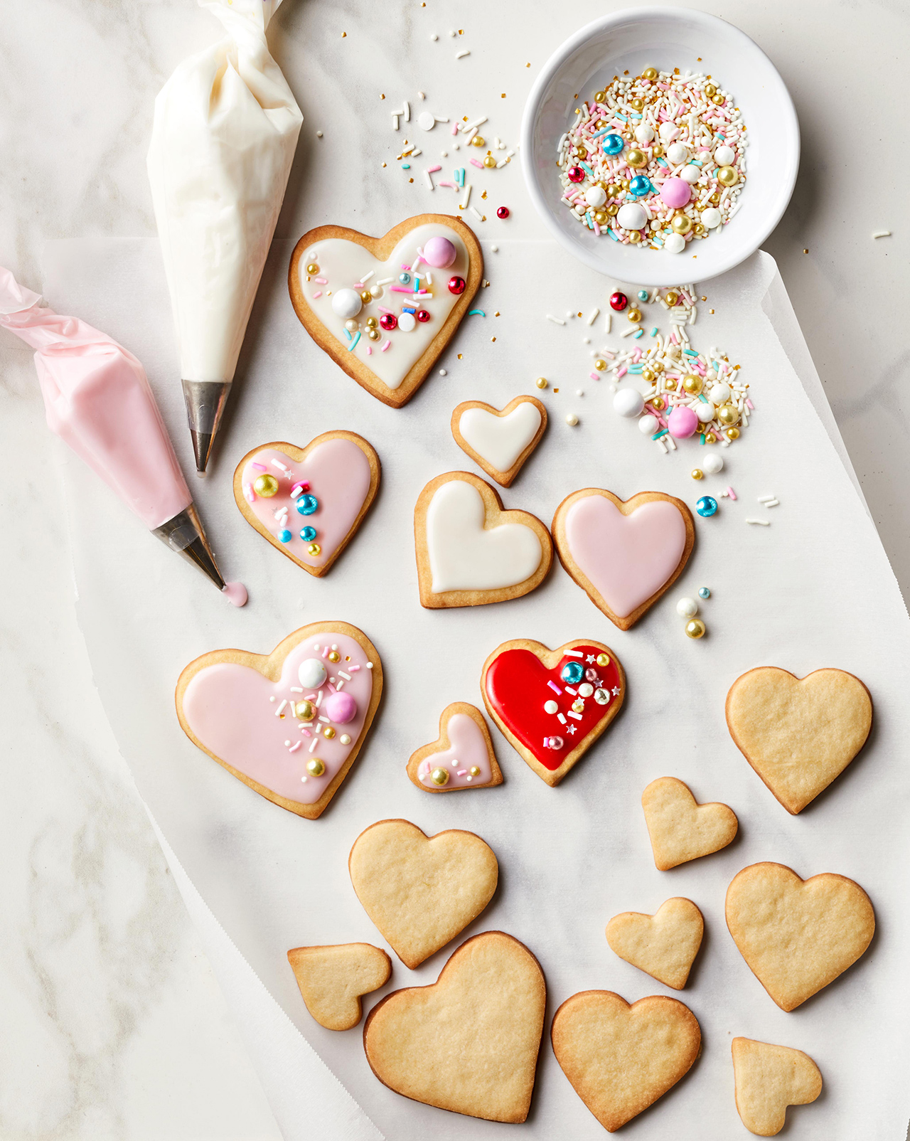 heart cookies frosting