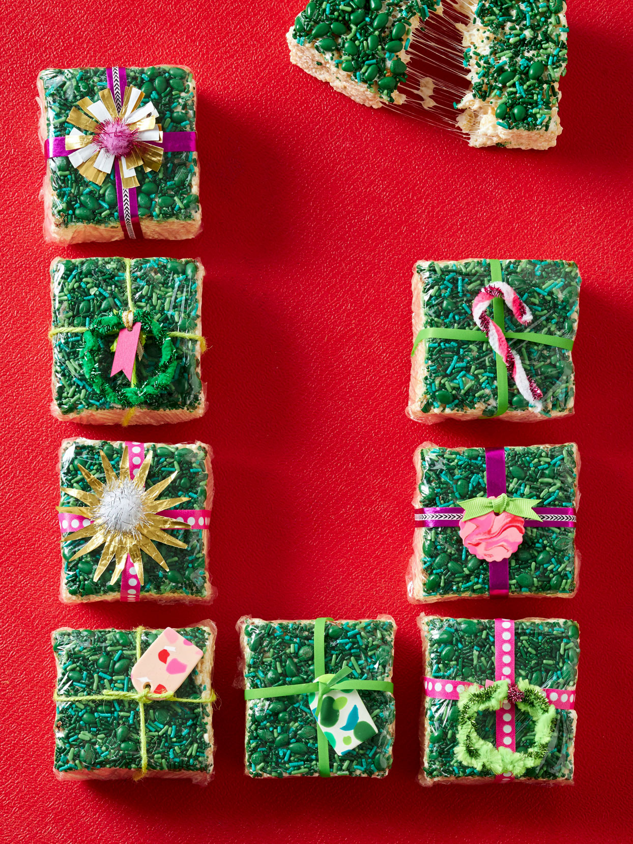 green decorated Gooey Marshmallow Treat Packages