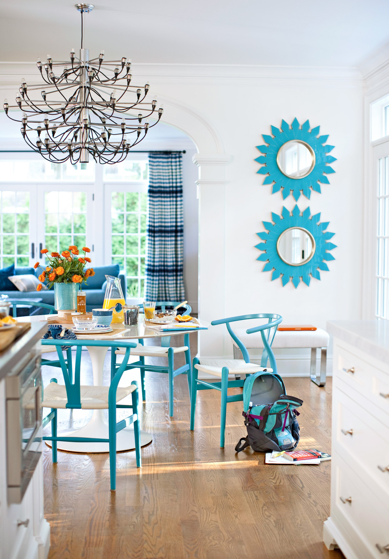 dining table blue chairs