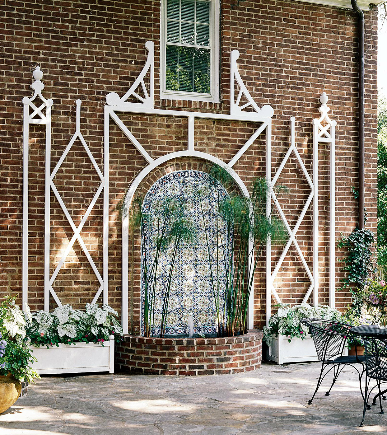 Stylish Wall Trellis
