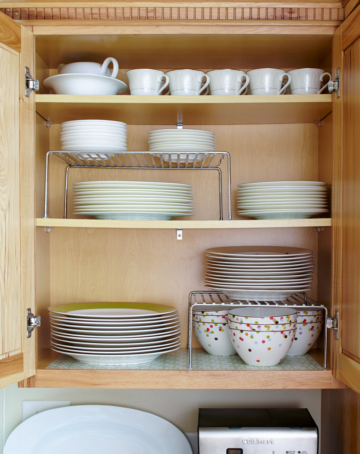 kitchen drawer plates bowls mugs