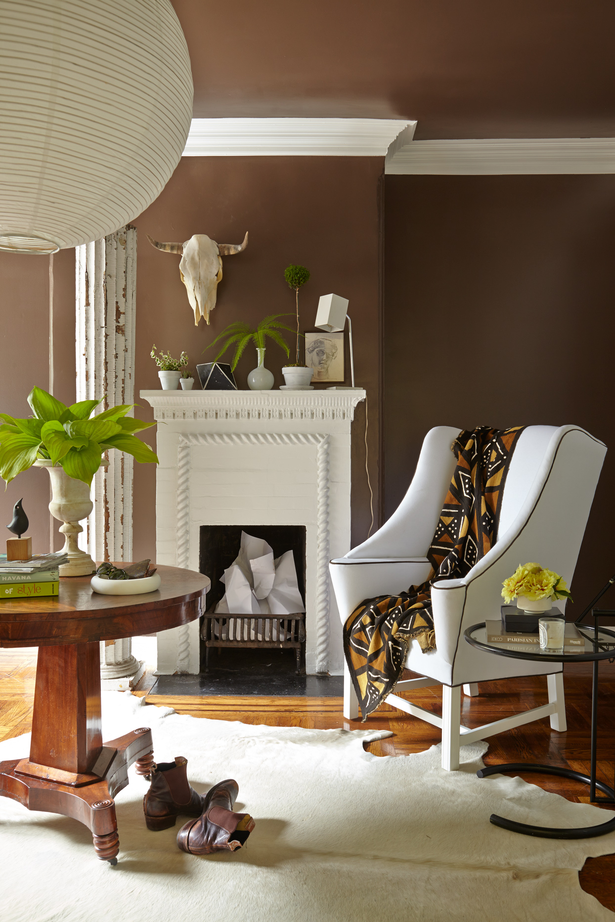 modern sitting area with neutral