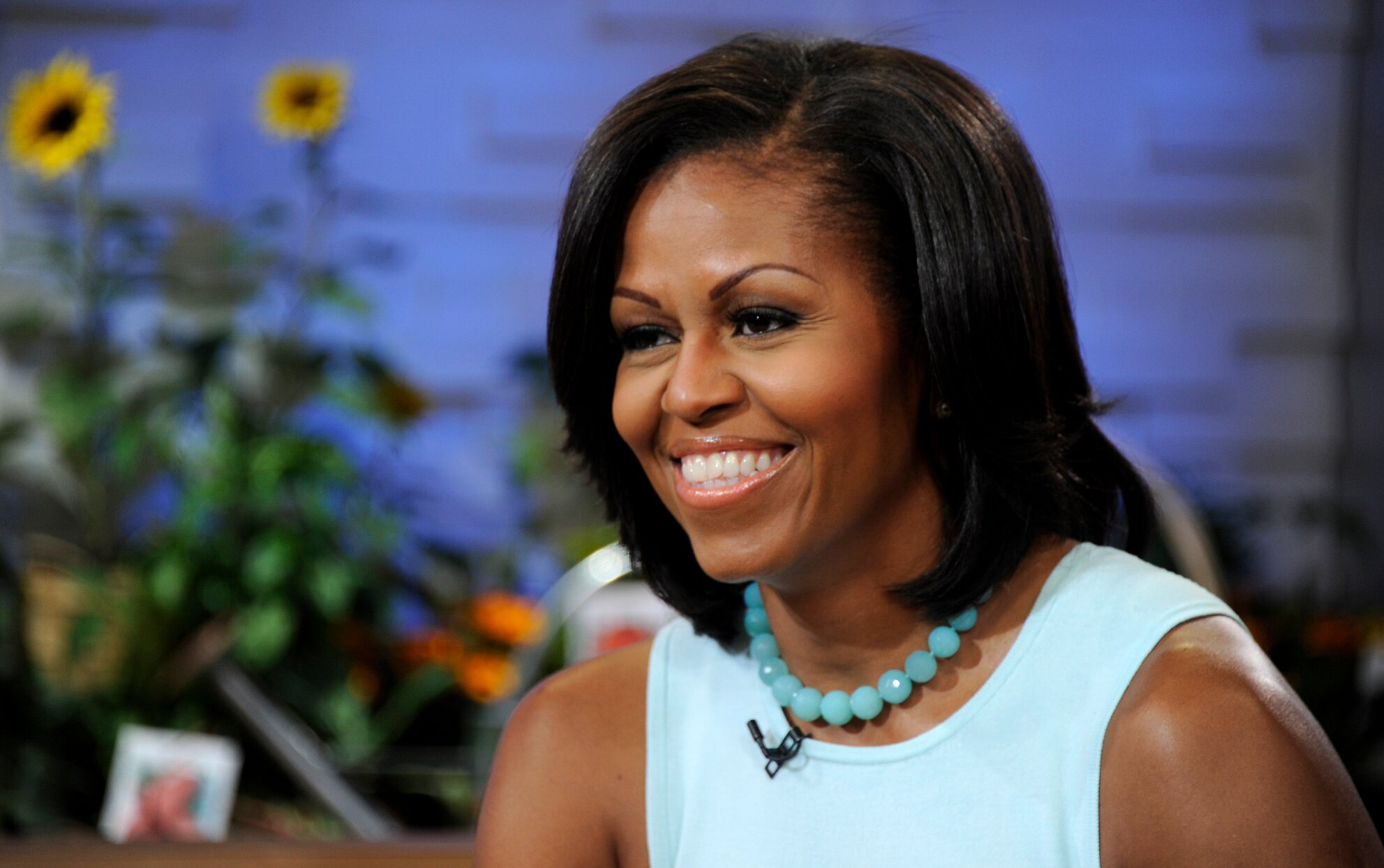 Michelle Obama in turquoise top