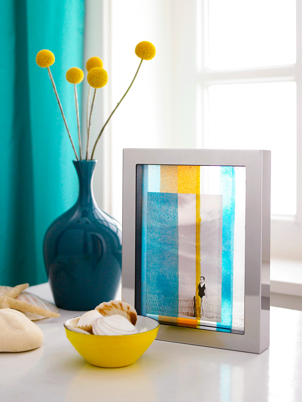 stained glass photo frame with flower vase