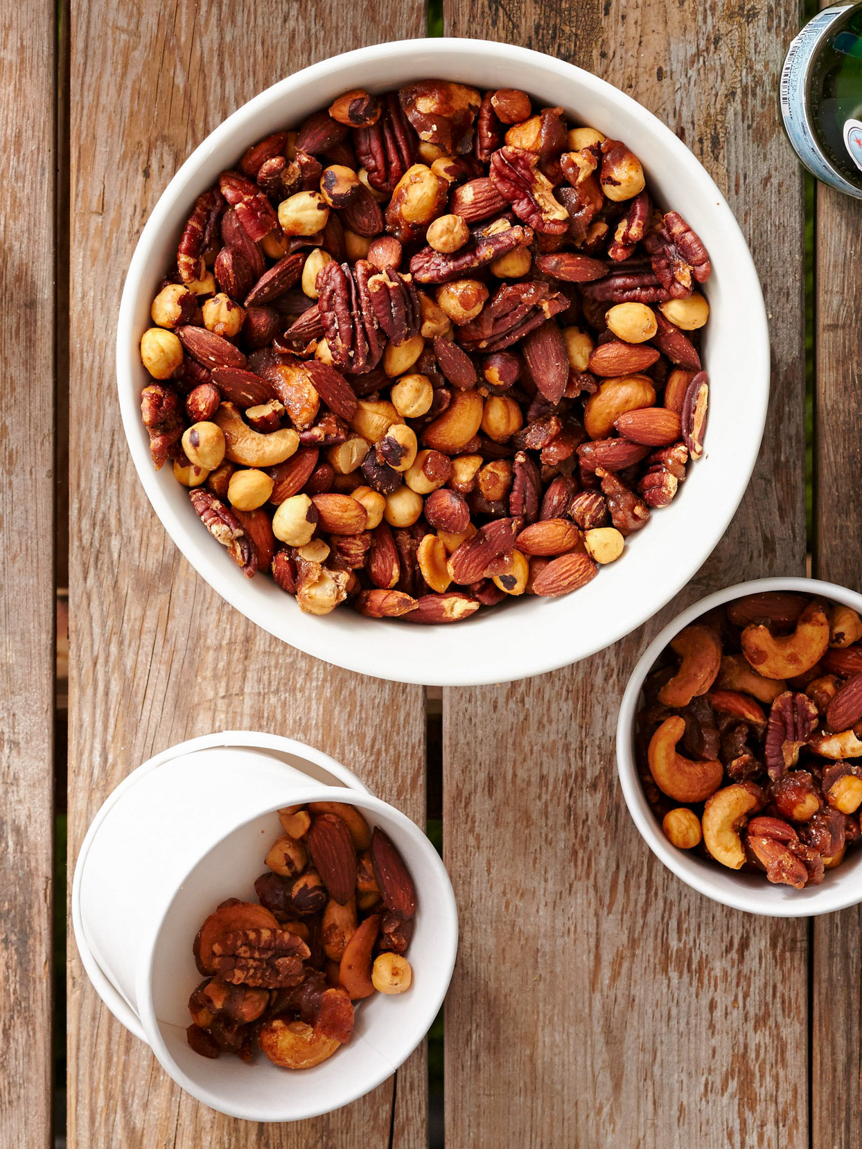 Sweet-and-Hot Nuts in bowls