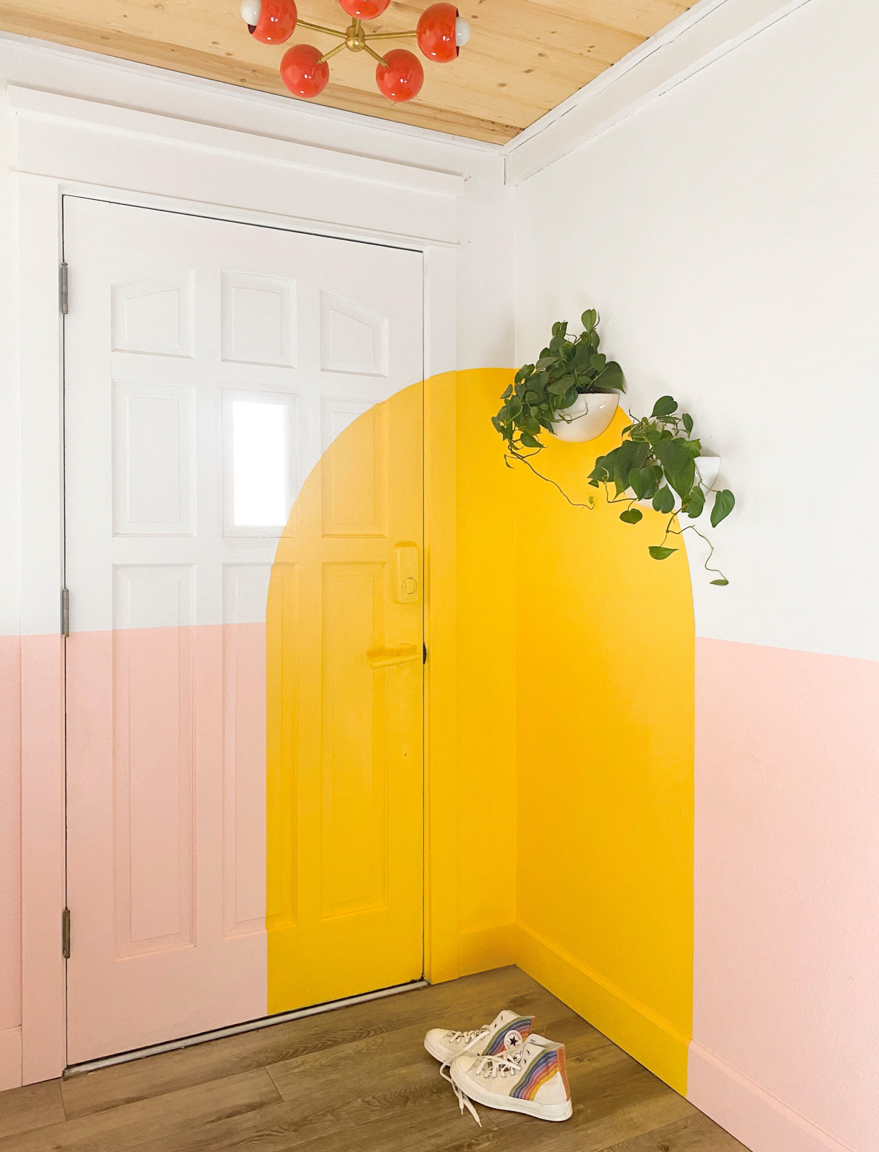 yellow and pale pink block color in corner