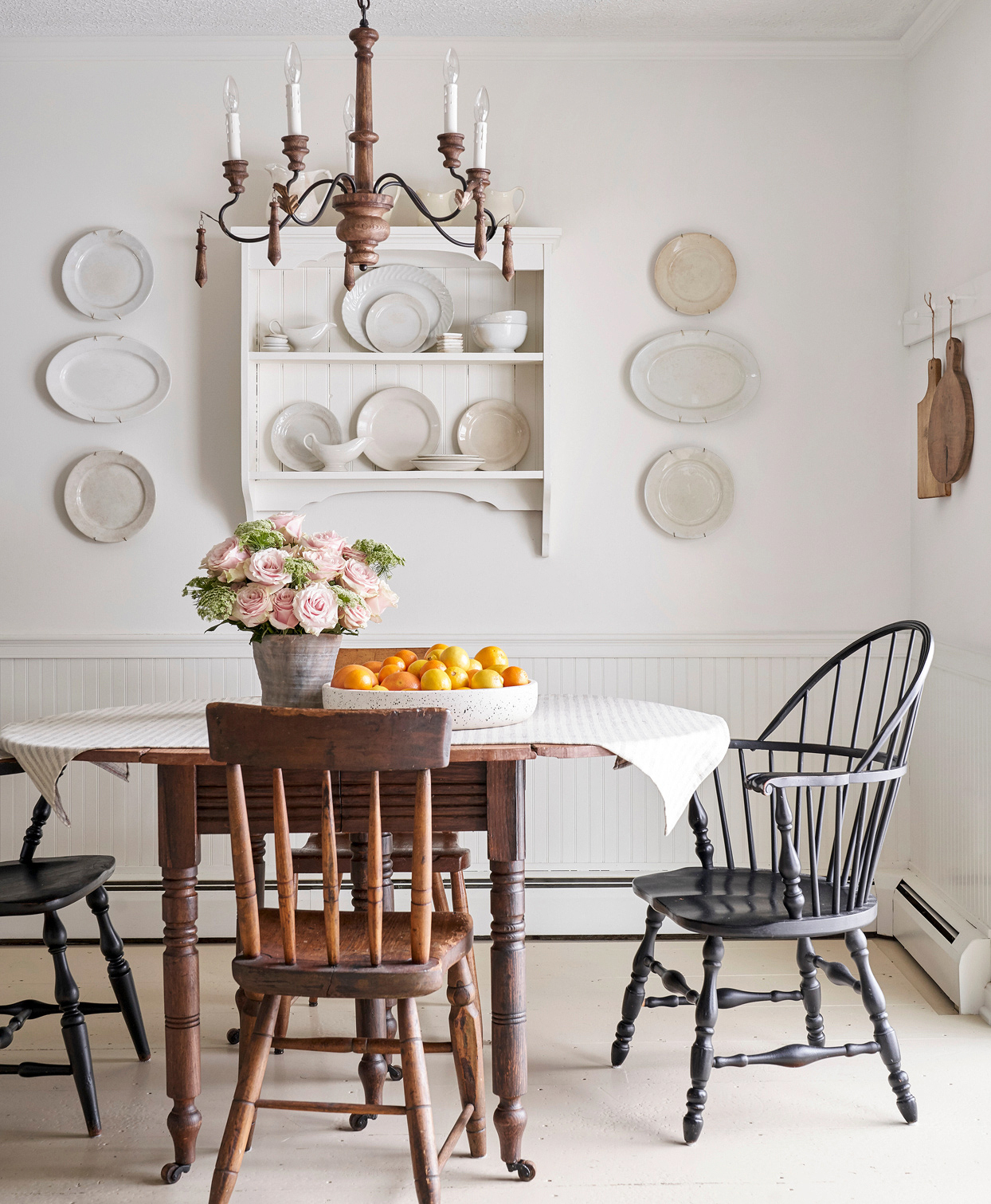 white farmhouse dining wood candelabra plate display