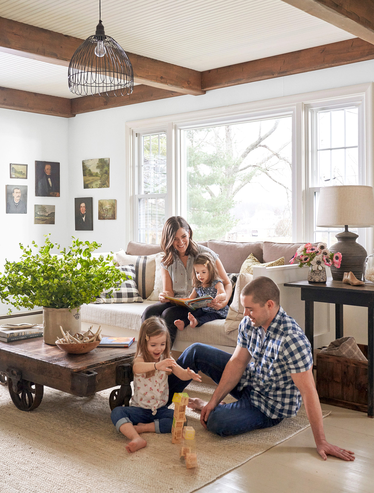 young family farmhouse neutral living room blocks