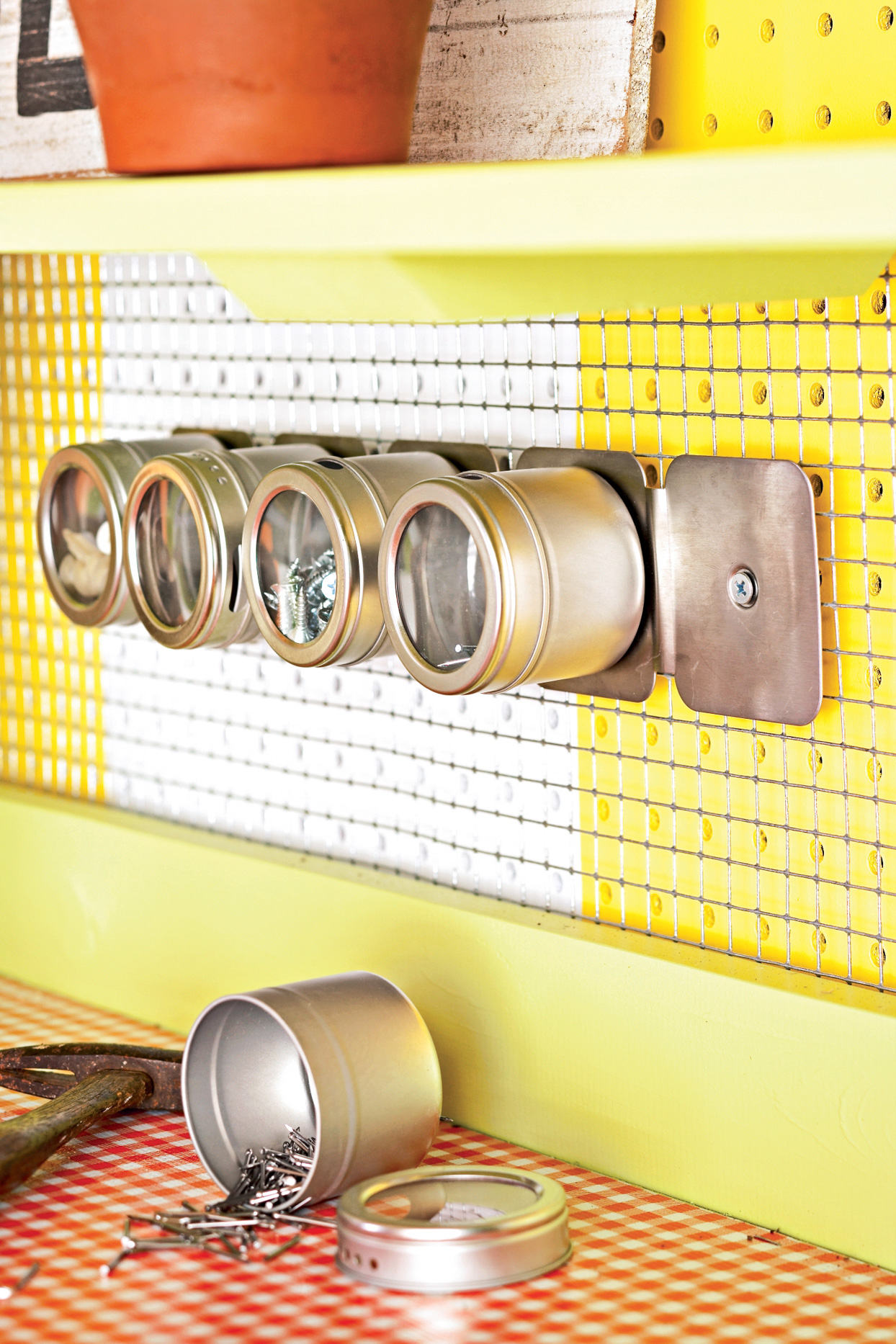 magnetic spice container garage organize