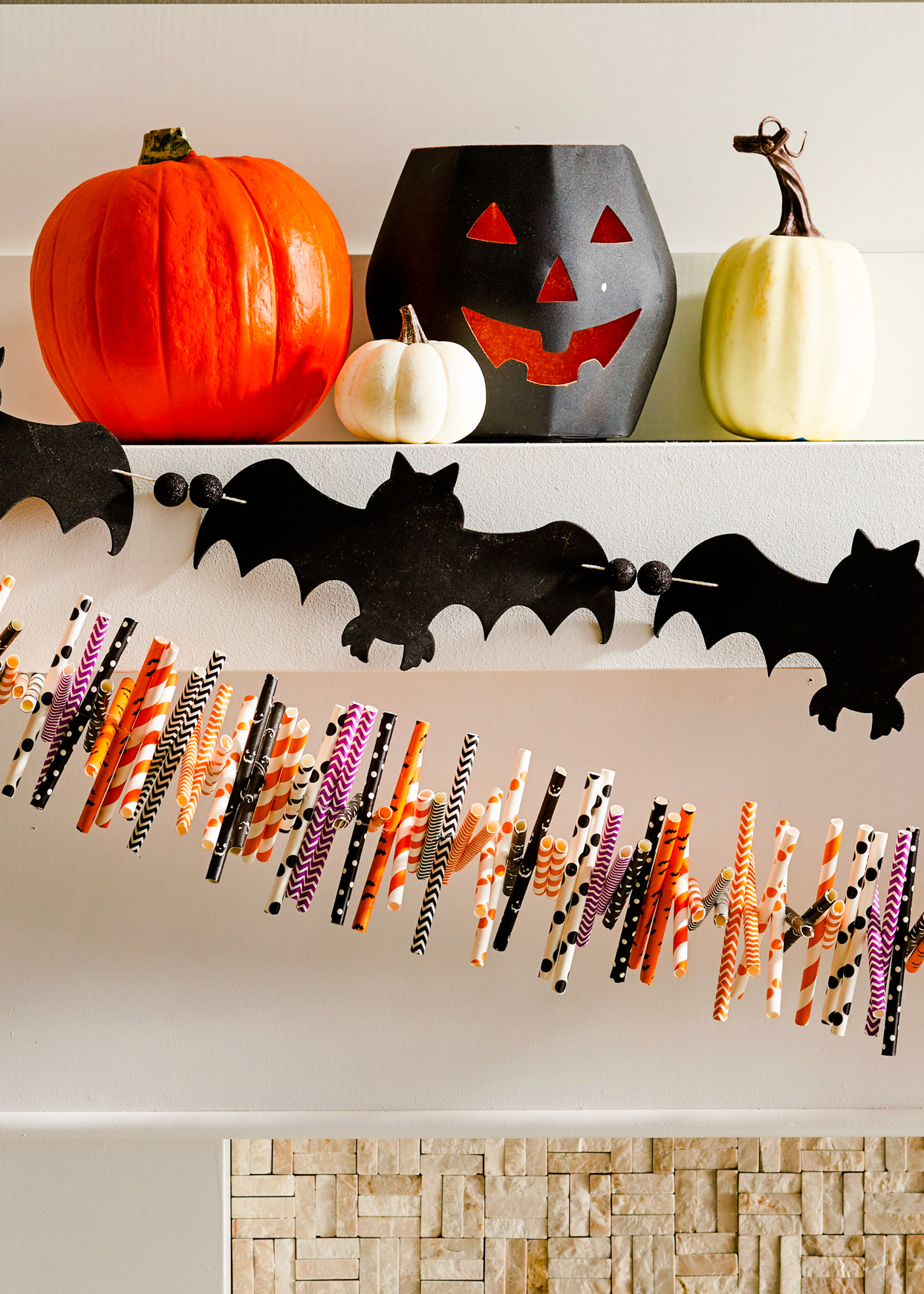 halloween mantle decorations and garland
