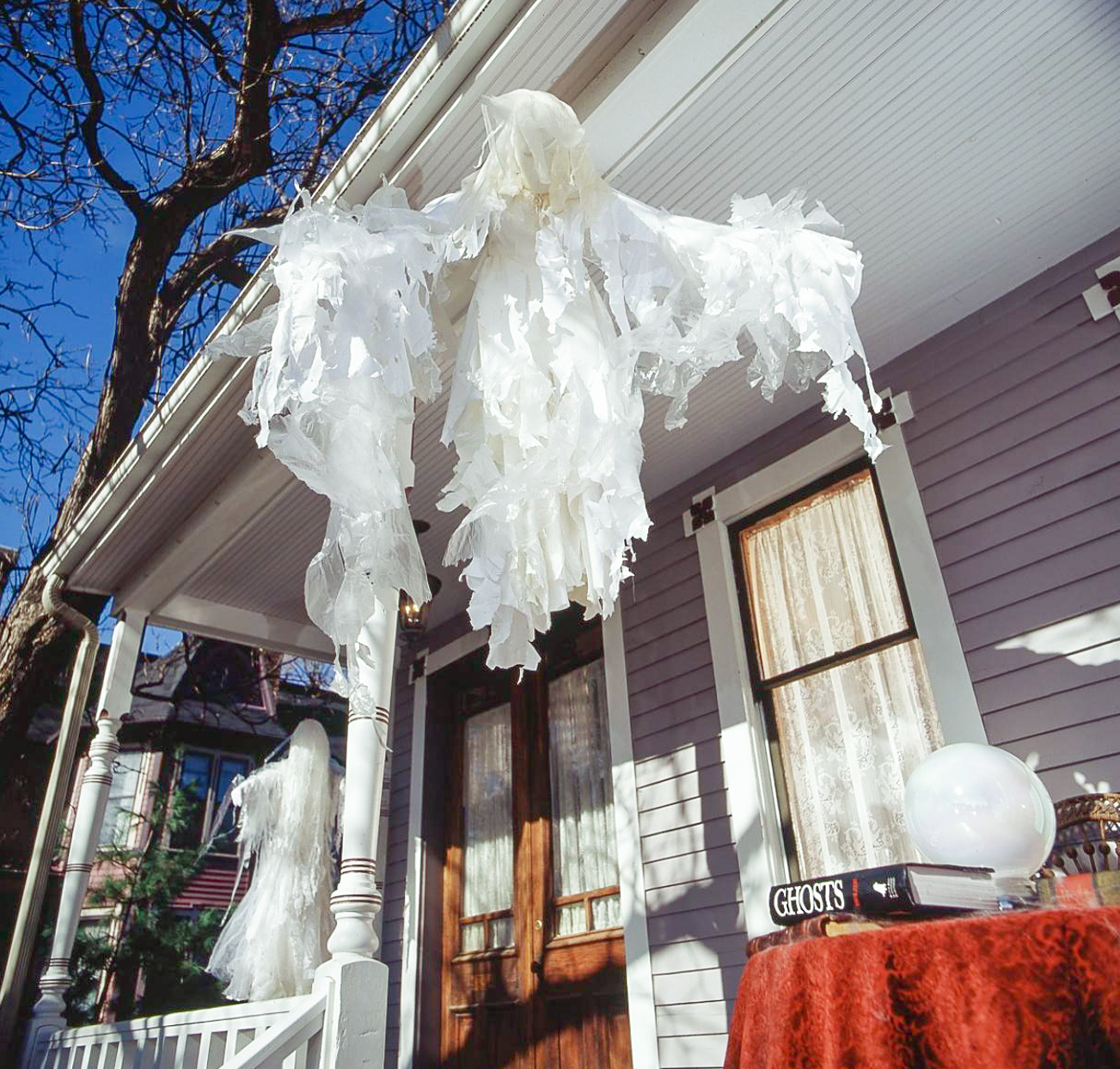 porch hanging ghost decor