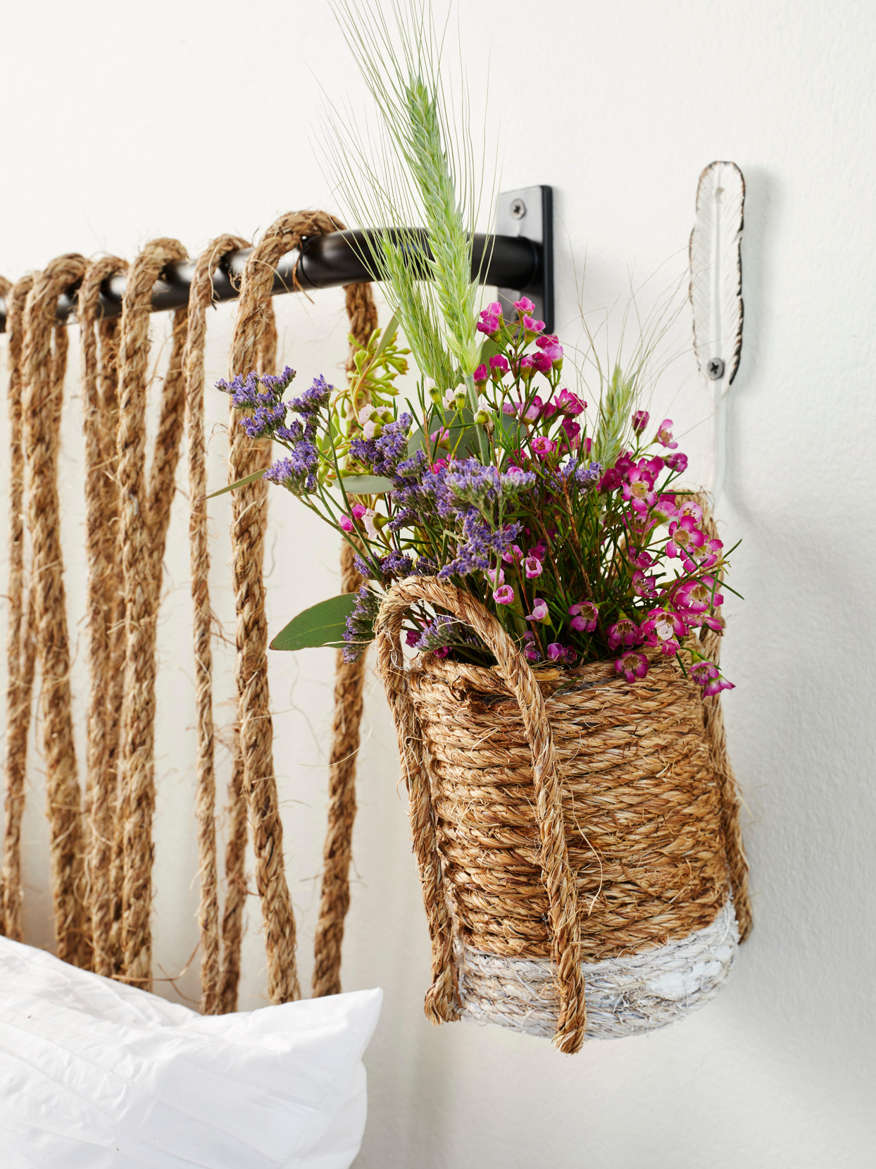 sisal rope-wrapped can flowers hanging wall bedside
